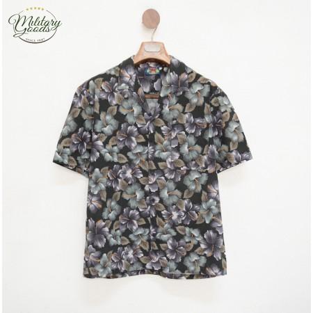 Vintage Hawaiian Shirt made in Hawaii Size L