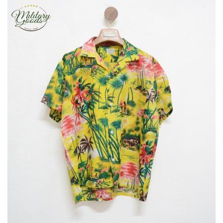 Vintage Hawaiian Shirt made in Japan Size M